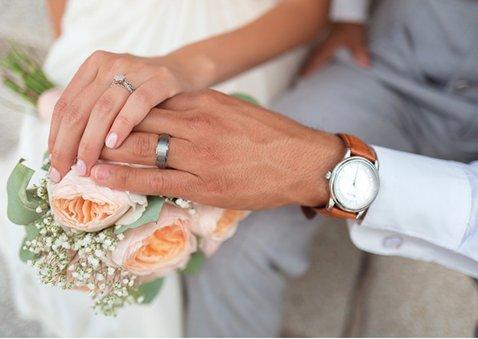 Stijlvol bedankkaartje huwelijk met 1 grote foto en namen 2