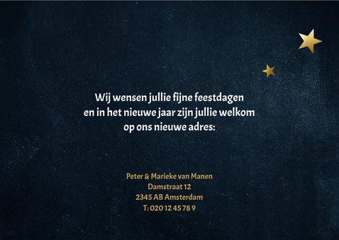 Stijlvolle donkerblauwe kerst verhuiskaart met gouden tekst 3