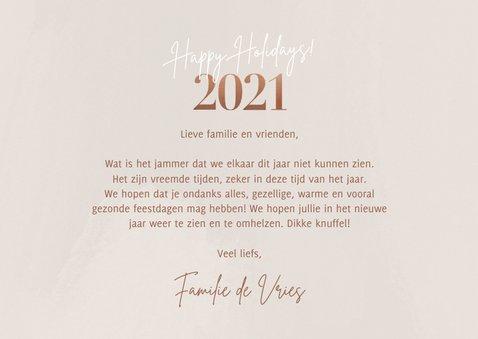 Stijlvolle kerstkaart fotocollage 2021 happy holidays beige 3
