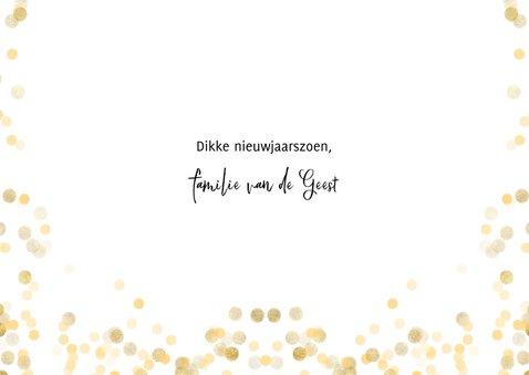 Stijlvolle nieuwjaarskaart met fotocollage en happy new year 3