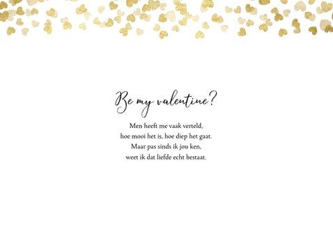 Stijlvolle valentijnskaart  met foto's en gouden hartjes 2