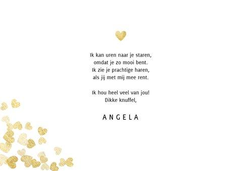 Stijlvolle valentijnskaart met gouden hartjes en typografie 3
