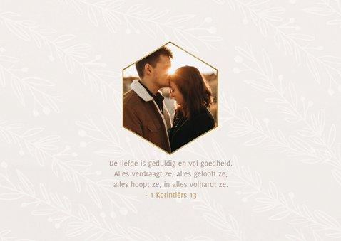 Stijlvolle verlovingskaart goudlook tekst naturel takjes 2
