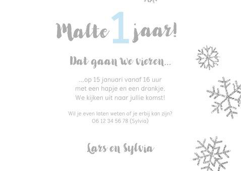 Uitnodiging 1 jaar foto jongen sneeuwvlokjes 3