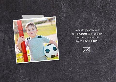 Uitnodiging communie voetbal met foto krijtbord 2