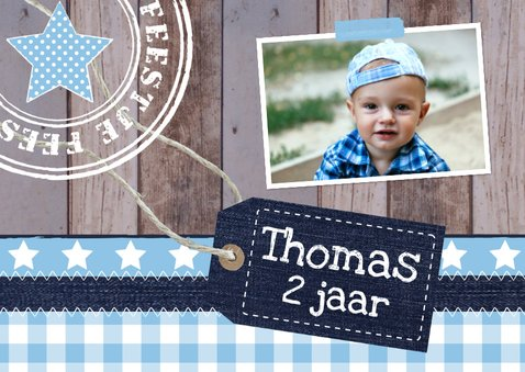 Uitnodiging kinderfeestje jongen label hout blauw 2