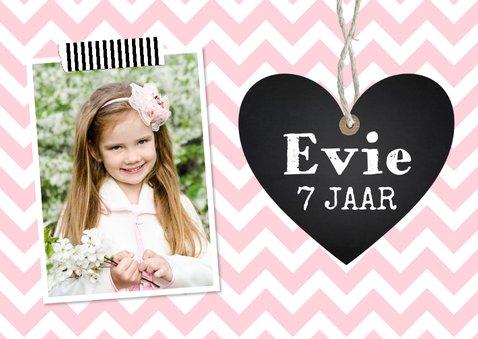 Uitnodiging kinderfeestje meisje roze hartje 2