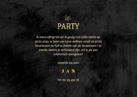 Uitnodiging 'let's party' krijtbord met foto's en confetti 3