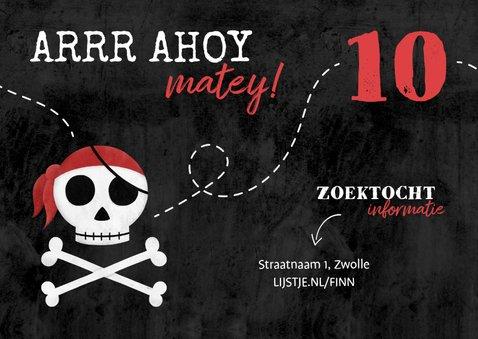 Uitnodiging piratenfeestje met schedel en foto 2