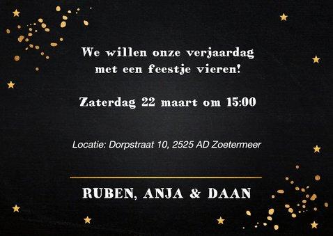 Uitnodiging verjaardag samen fotocollage goud confetti 3