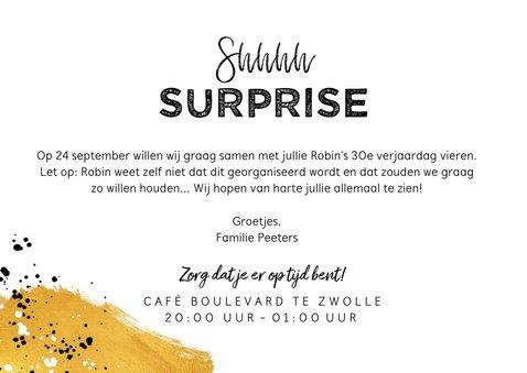 Uitnodiging verjaardag surprise party met goud en foto 3
