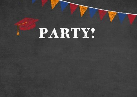 Uitnodiging voor geslaagd feestje met tekst op krijtbord 2
