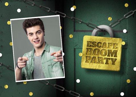 Uitnodigingskaart escape room slot foto deur confetti 2