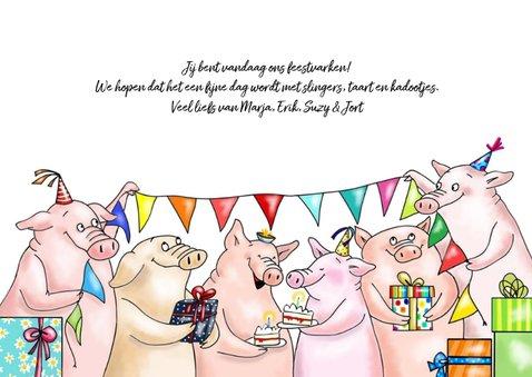 Verjaardag - feestvarkens met taart en kadootjes 3
