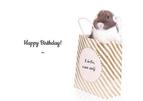 Verjaardagskaart - It's some bunny's birthday 3