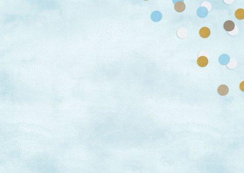 Vrolijke felicitatiekaart geboorte jongen blauw met confetti 2