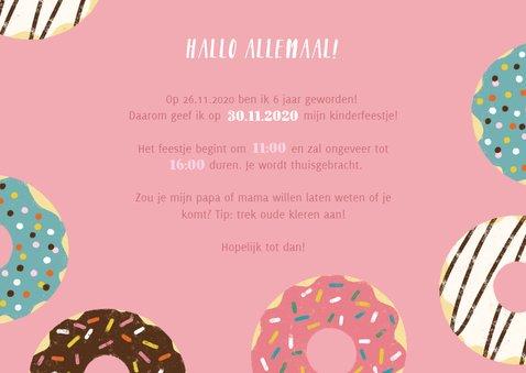 Vrolijke uitnodiging kinderfeestje met donuts en foto's 3