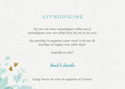 Vrolijke uitnodiging tuinfeest bbq met wegwijzer 3