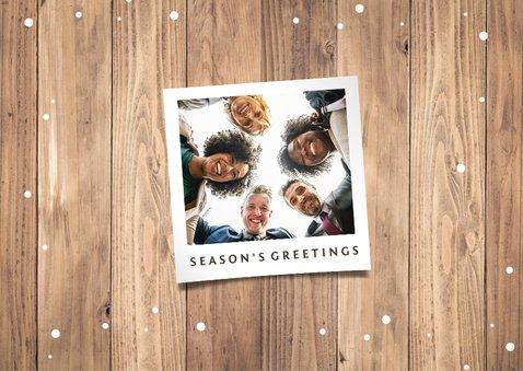 Weihnachtskarte geschäftlich Holzwand & Lichterkette 2