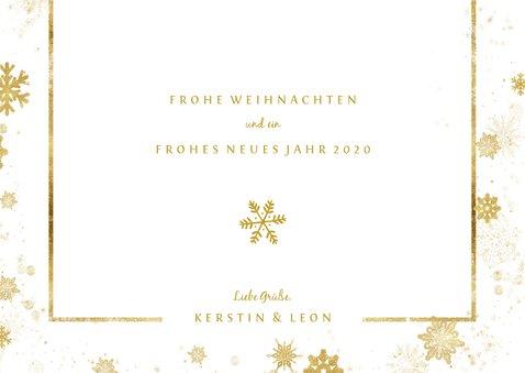 Weihnachtskarte mit Fotos und goldenen Schneeflocken 3