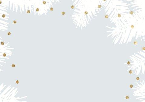 Winterse kerstkaart dennentakken foto 2