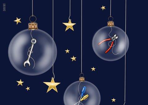 Zakelijke kerst - kerstballen met gereedschap 2