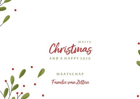 Zakelijke kerstkaart fotocollage met takjes en besjes 3