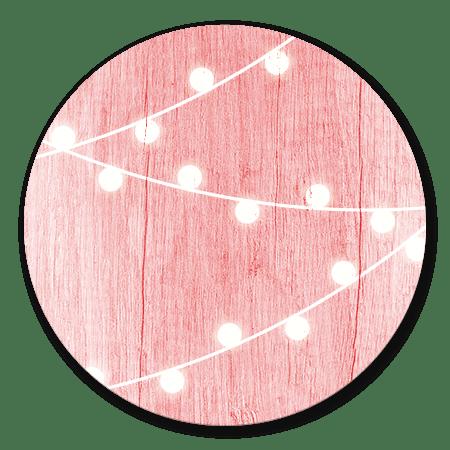 Hout met lampjes roze