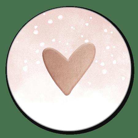 Hartje met roze waterverf en witte confetti