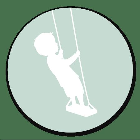 Silhouet - Jongen op schommel - strak