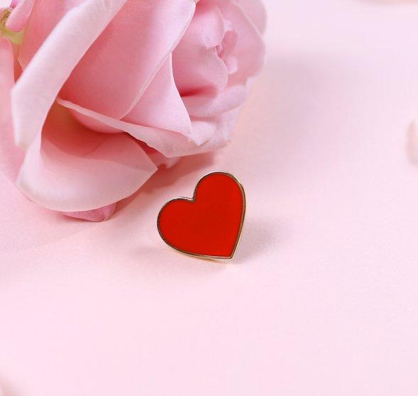 Hart speldje 'With love' 1