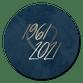 Goudlook 1961/2021 met donkerblauwe achtergrond