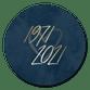 Goudlook 1971/2021 met donkerblauwe achtergrond