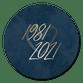 Goudlook 1981/2021 met donkerblauwe achtergrond