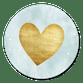 Goldenes Herz auf Hellblau