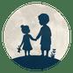 Silhouet broer met zusje hand in hand - met maan